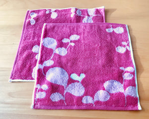 Imabari Towels - Heart Leaf Washcloth in Pink