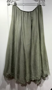 Judy Tampa Double Silk Skirt in Green in Size XL on Sale