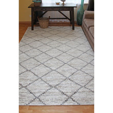 Matrix Sand Diamond Pattern Rug - movaloom