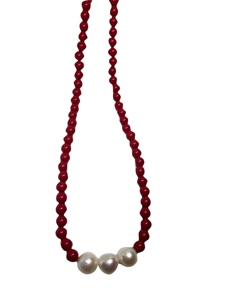 Necklace Coral Paste and Cultured Pearls 8,5mm white gold clasp 18kt 750