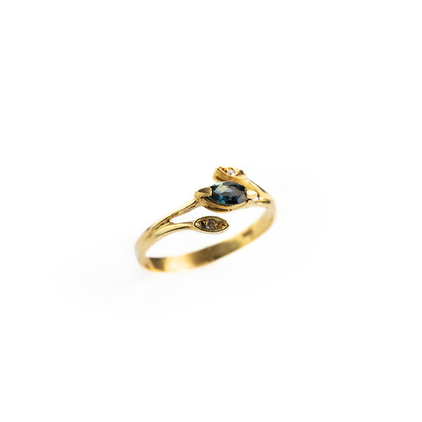 18 kt 750 yellow gold woman ring with 0.15 ct sapphire and 0.01 ct diamonds