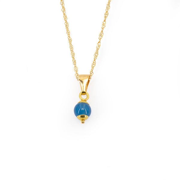 Singapore woman chain necklace with 4 mm blue jade pendant and 18 kt 750 gold