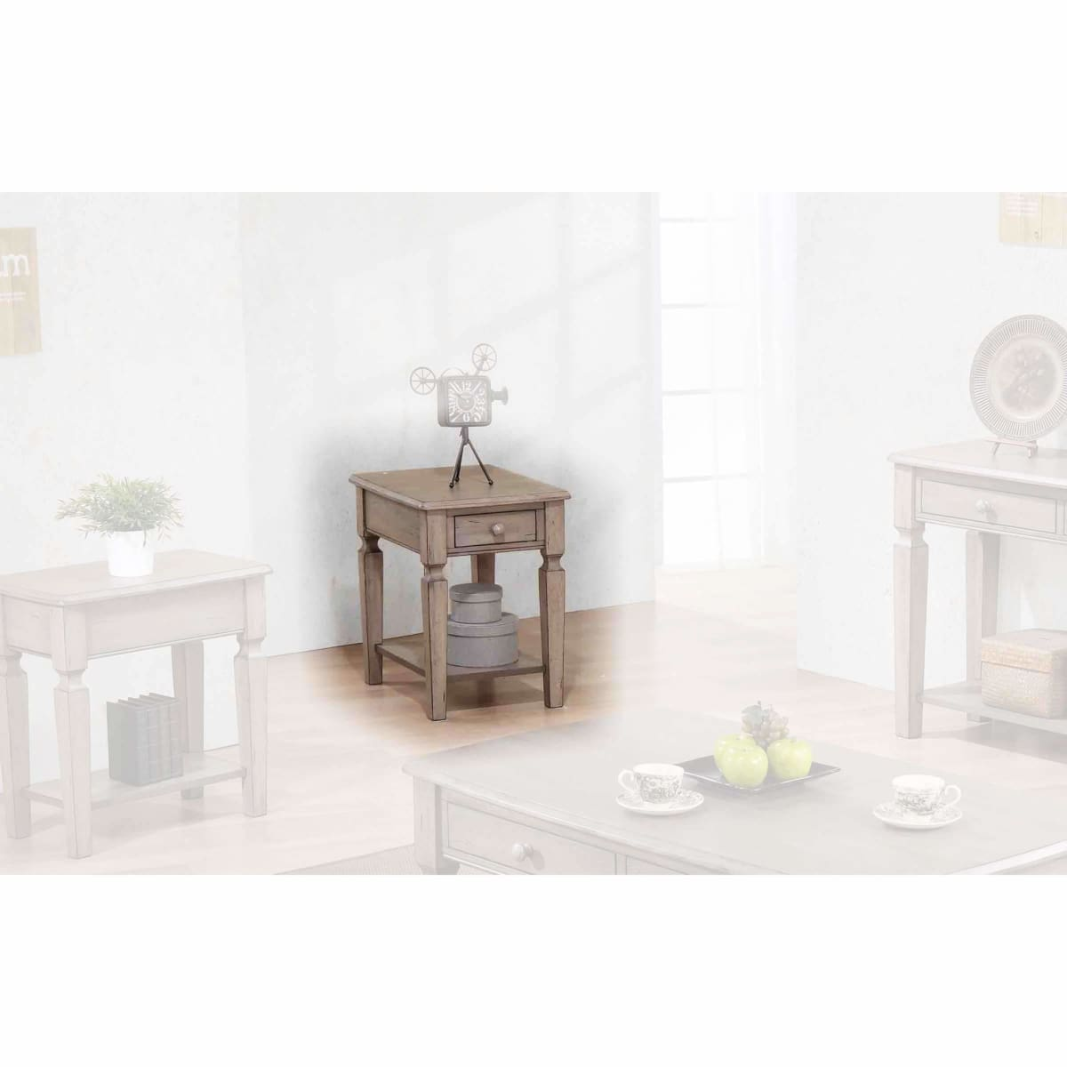 Ventura 18 End Table - END TABLE/SIDE TABLE