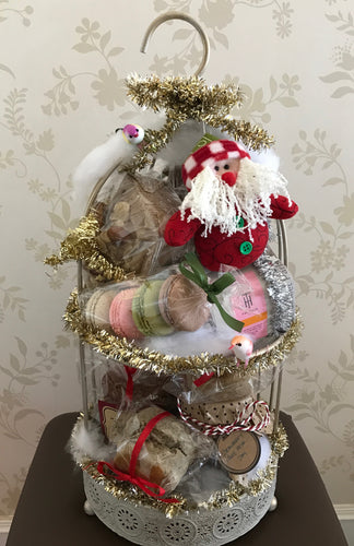 DELECTABLES BY ANTIQUE Christmas Sweets Afternoon Tea Gift Set