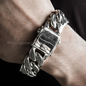 mens curb link bracelet 20mm wrist up