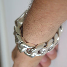Cuban Link Bracelet x 25mm Wide