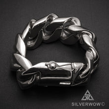 Chunky, 35mm, Mens Silver Bracelet Closed