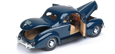 Maisto 1/18 1939 Ford Deluxe (Dark Blue)