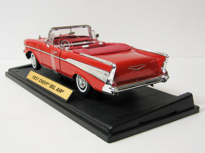 Motormax 1/18 1957 Chevy Bel Air Convertible (Red)