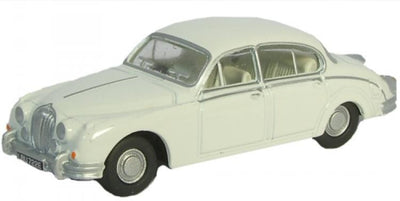 Oxford 1/76 Jaguar MK II (Old English White) 76JAG2002