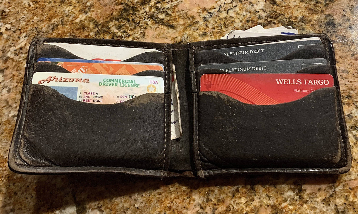 8 year old wallet open showing no signs of breakdown