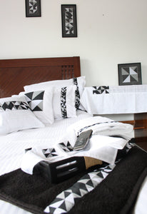 Classic Black and white duvet