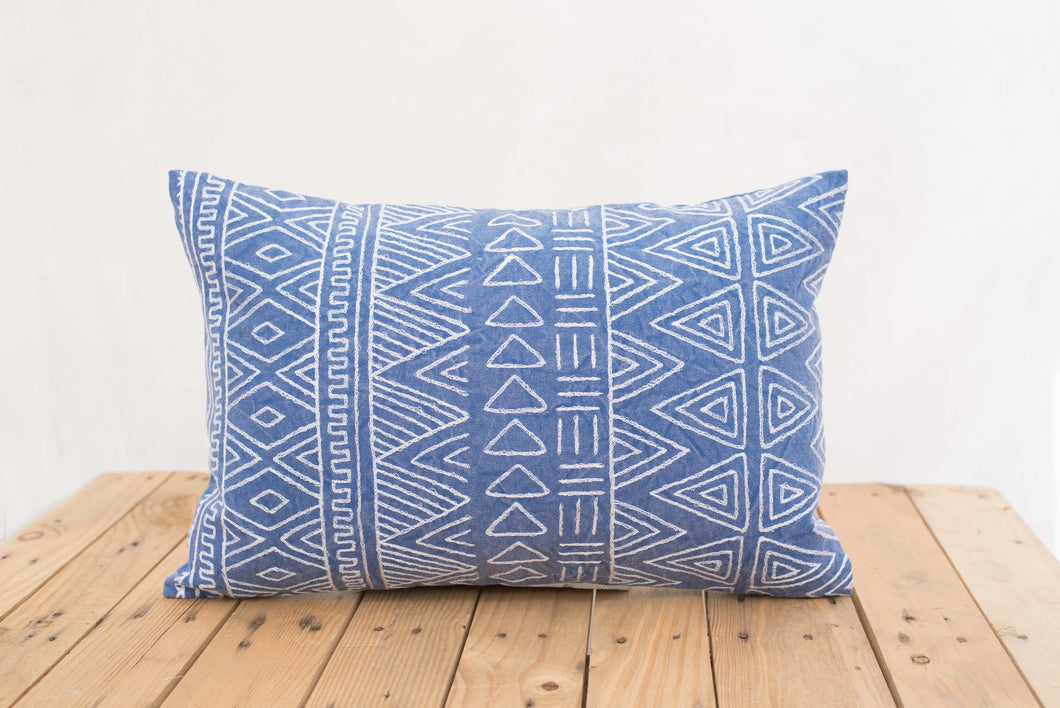 Aztec pattern pillow cover, blue colour, embroidery, geometrical, cotton pillow cover,14'X21'