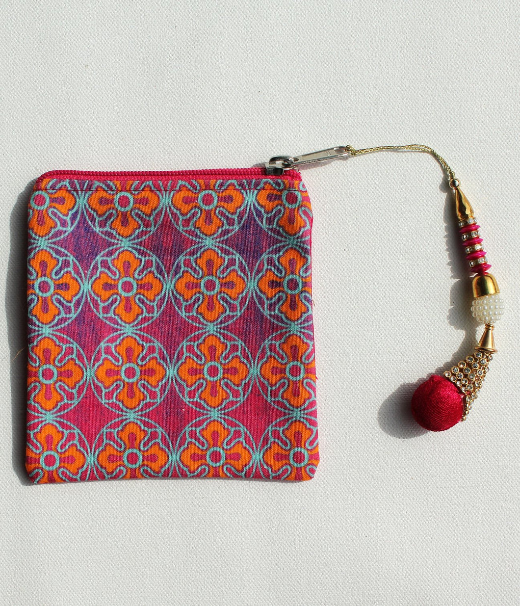 Delightful Flower Motif Coin Pouch
