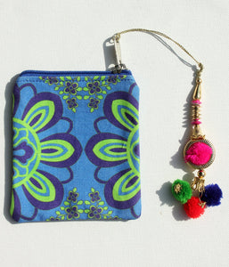 Flourishing Flower Motif Coin Pouch