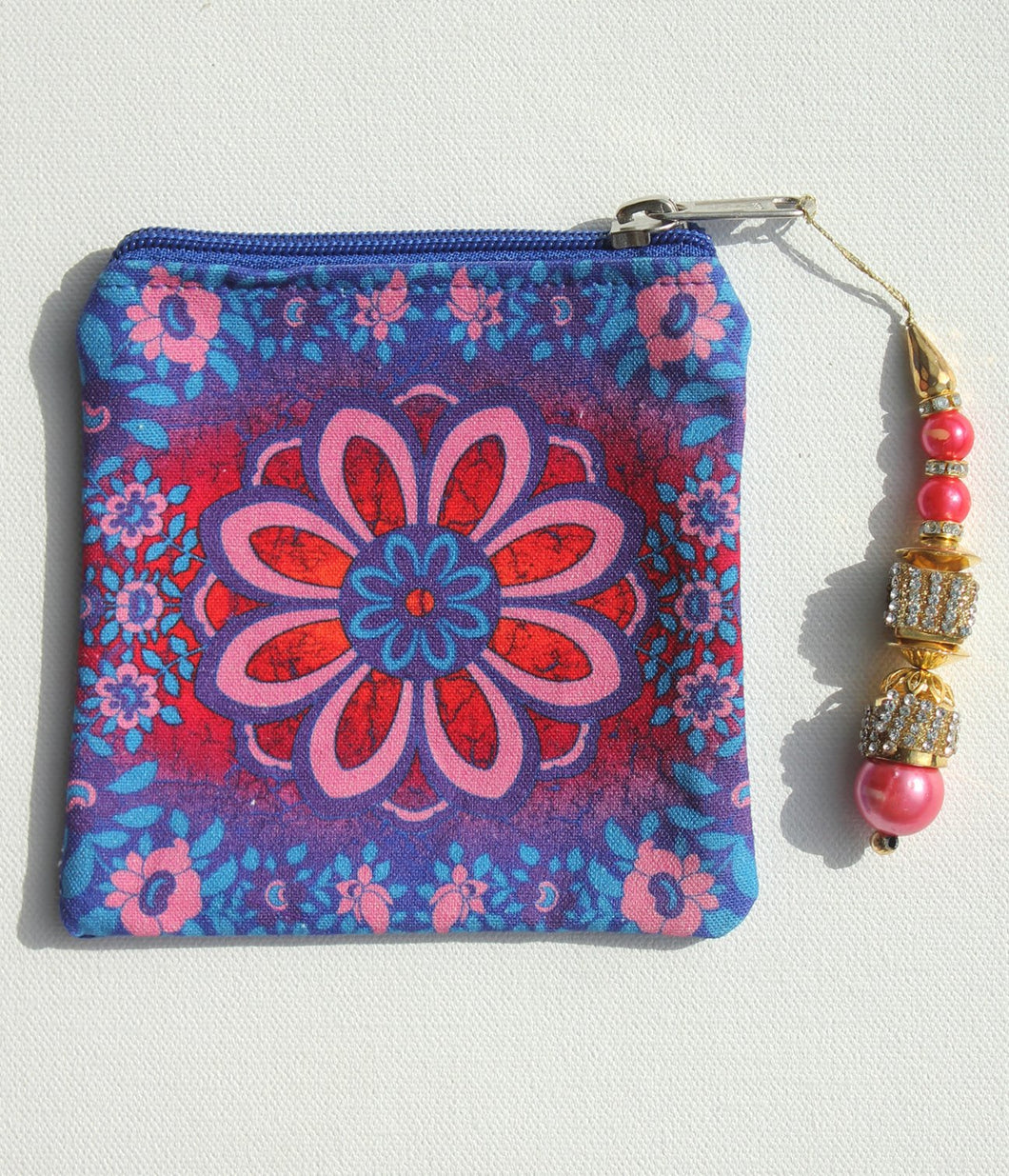 Sparkling Flower Motif Coin Pouch