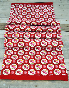 Shabby chic runner, rose print, retro, cotton table runner, table decor, size available.