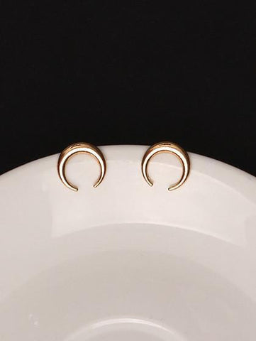 DaysCloth Simple Exquisite Moon Alloy Earring