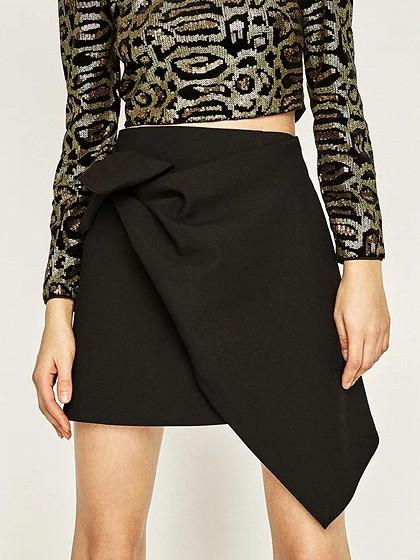 Black High Waist Knot Front Asymmetric Hem Mini Skirt