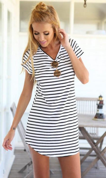 Monochrome Stripe Short Sleeve Shift Dress - White