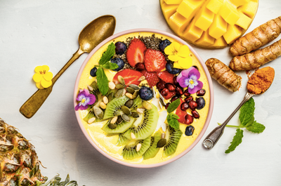 How to Construct the Perfect Smoothie Bowl