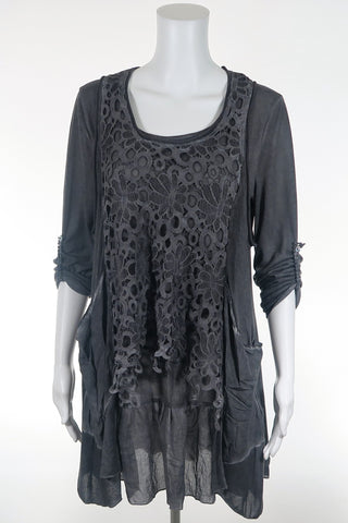Lace Sleeve Photo Print Top
