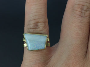 Southwestern Native Style 18K Gold Opal Handmade Cross Over Ring Size 6.25