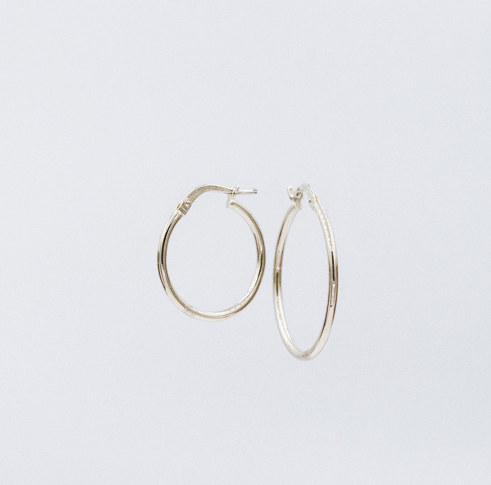 Classic thin hoops medianas