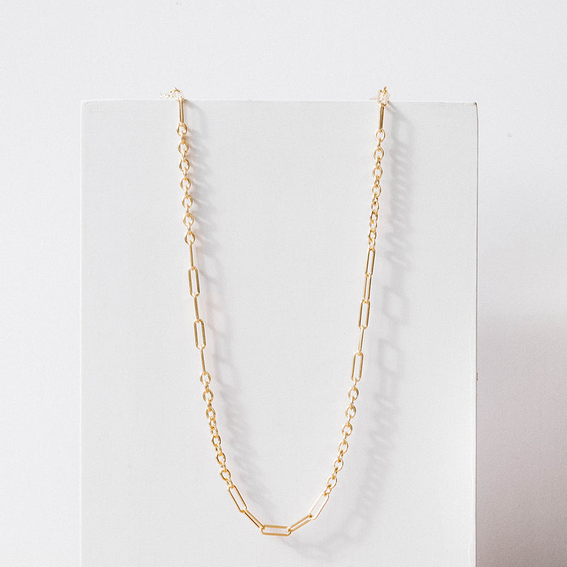 Oval link and rolo chain necklace