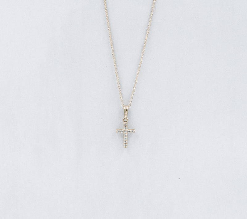 Cross crystal necklace chica