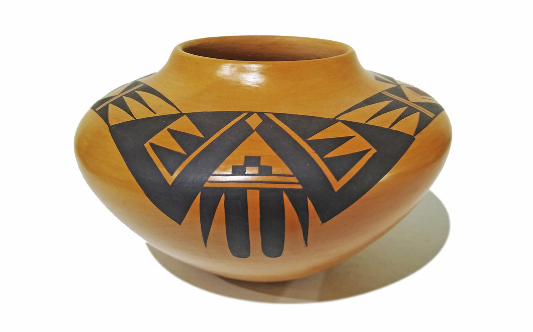 Hopi Pot by Garrett Mahe
