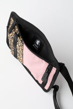 Load image into Gallery viewer, X-girl × LeSportsac TRAVEL POUCH