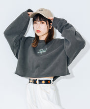 Load image into Gallery viewer, GLITTER LOGO SWEAT CROPPED TOP