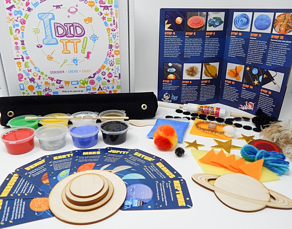 Solar System Collage Kit (includes collectable fact cards)  -  Includes Shipping