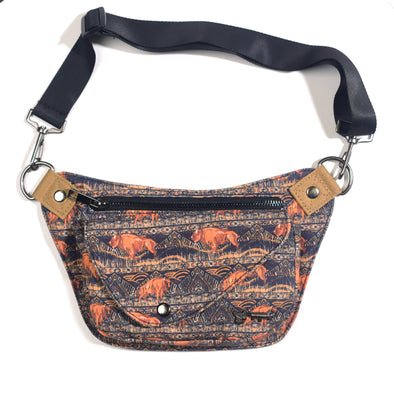Born to Roam Lux Hip Pouch