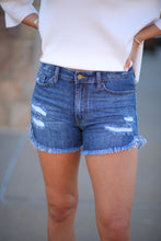 Load image into Gallery viewer, Fray Denim Short - Medium Wash