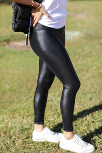 BuddyLove Jillian-Black Leggings