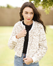 Load image into Gallery viewer, Lena Snow Leopard Jacket