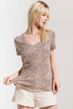 Load image into Gallery viewer, Z Supply Mini Leopard V-Neck