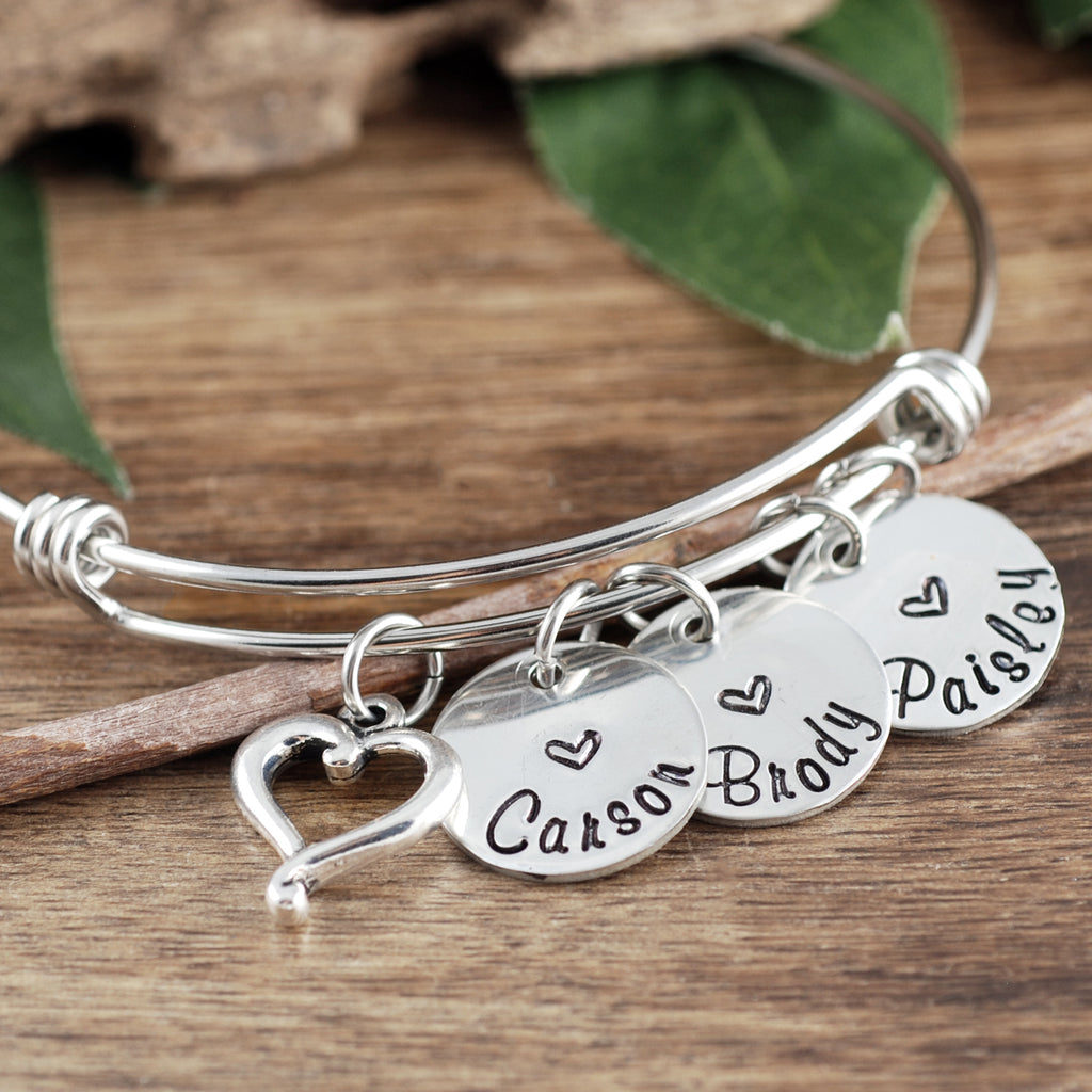 Personalized Mom or Grandma Bracelet with Heart