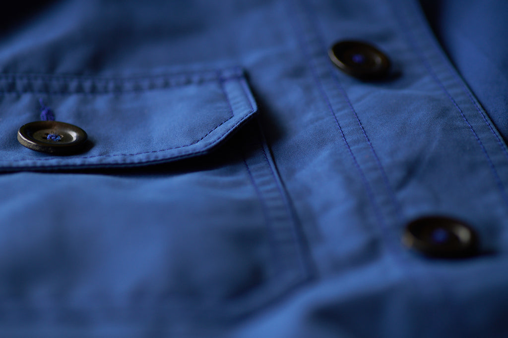 FRAHM LIGHTWEIGHT WORKER'S JACKET, CHEST POCKET & CENTRAL TRIPLE-BOUND BRUSHED ITALIAN HORN BUTTONS, WITH TWIN NEEDLE STITCHING