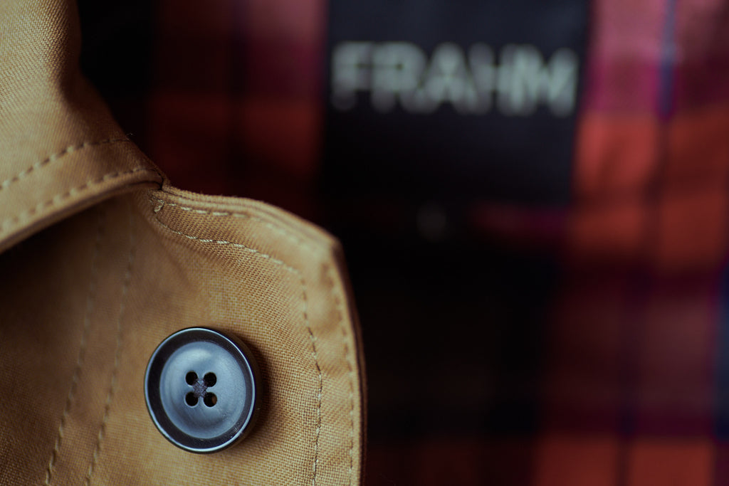 FRAHM WOODLAND WORKER'S JACKET WITH TRIPLE-BOUND BRUSHED ITALIAN HORN TOP COLLAR BUTTON