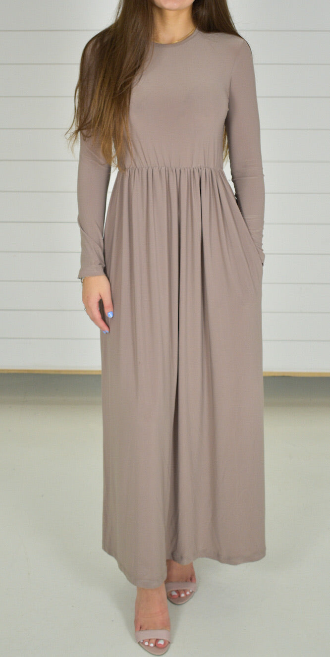Basic Stretch Maxi Dress - Beige