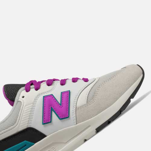"New Balance-Brands24"" alt="