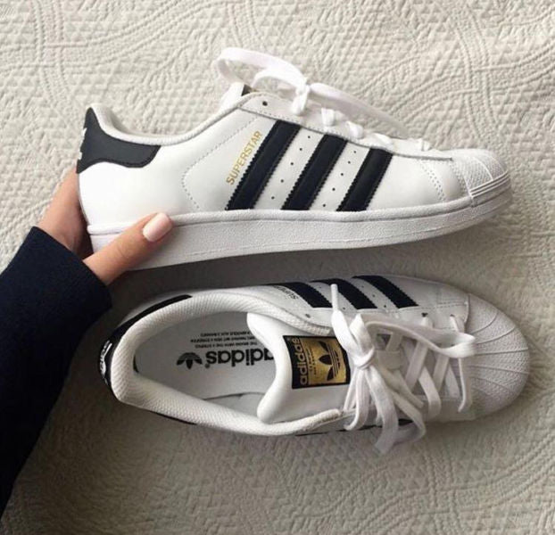 adidas Originals Superstar Sneakers Cloud  White / Black C77124