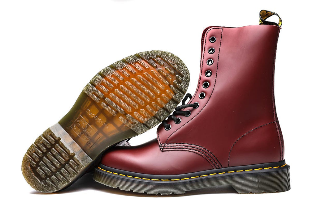 Dr. Martens 1490 10I Cherry Red Smooth Boots DM11857600