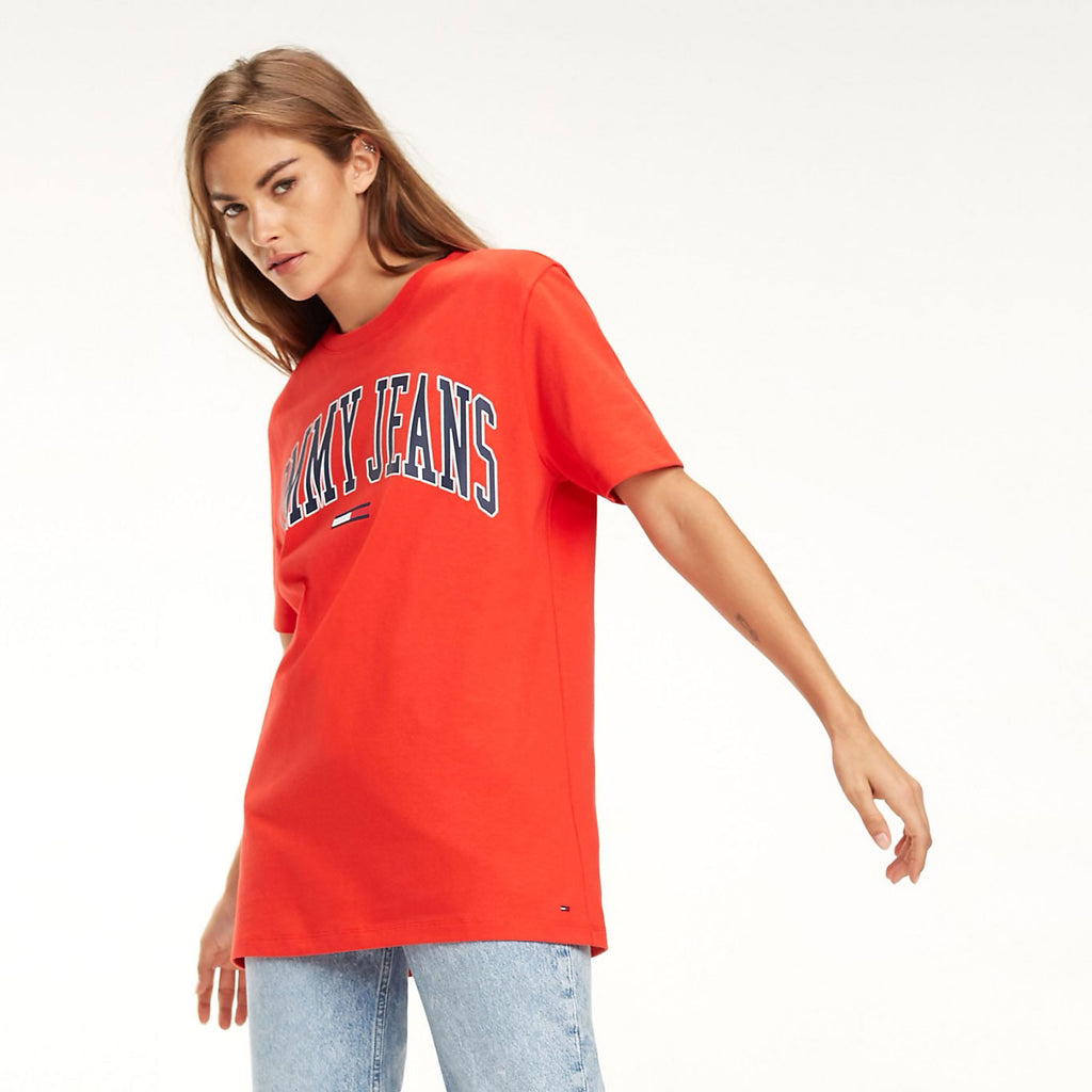 7798822c Tommy Jeans Collegiate Oversized Logo Women's T-shirt Red DW0DW05703 ...