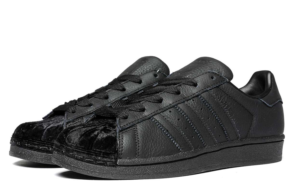 adidas Originals Superstar Sneakers Core Black CG6011