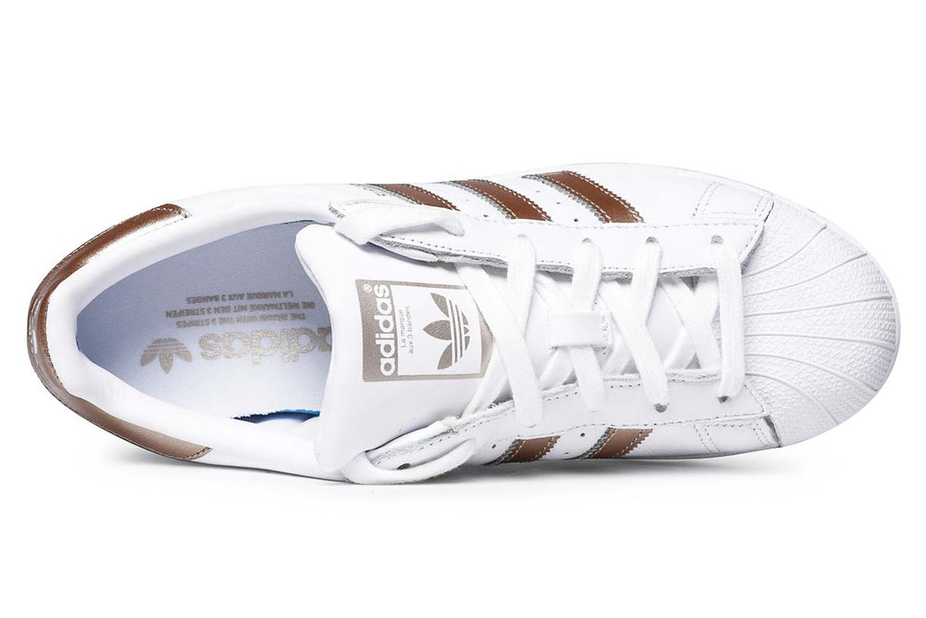 photos officielles fff8b 490c5 adidas Originals Superstar Sneakers White / Cyber Gold ...