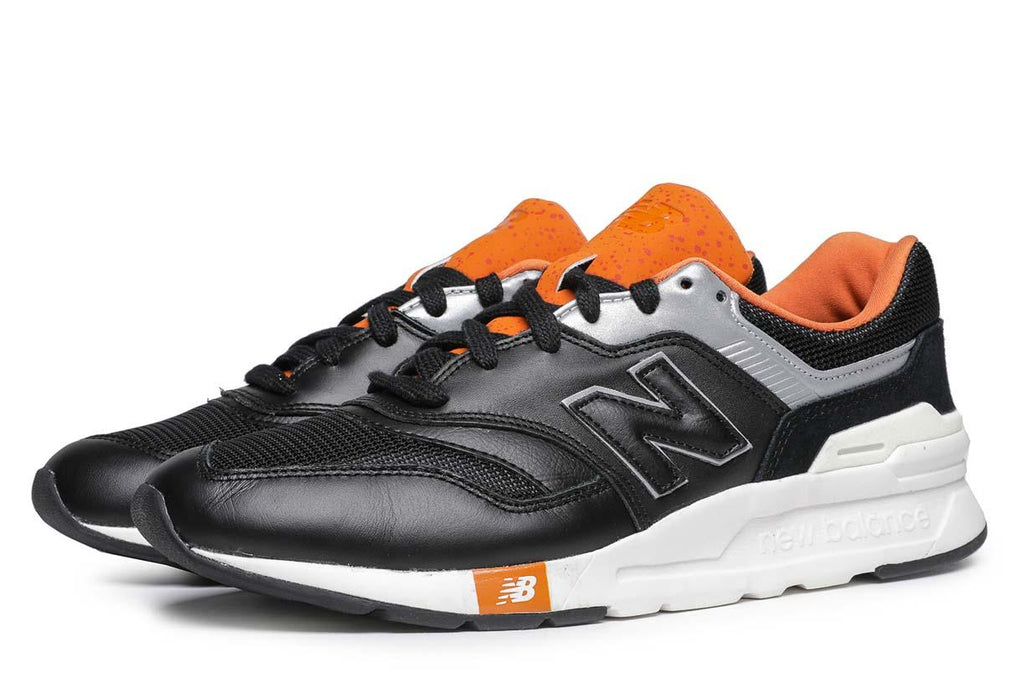 New Balance CM997HGB Sneakers